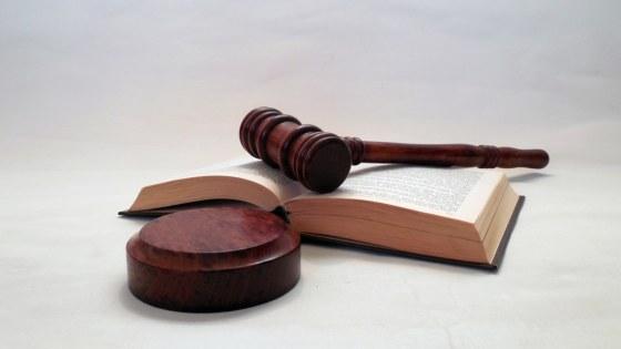 rechtbank-hamer-rechter-tucht-Pixabay-succo